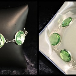 Pretty Faceted Green Silver Bracelet – Gift Boxed