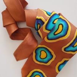 Handpainted silk tie – Blue rings2
