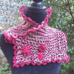 Handknitted pure wool scarf in burgundy and grey