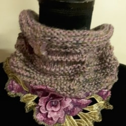 Handknitted wool and alpaca cowl with pink floral embroidered edge