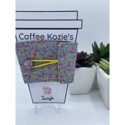 Coffee Kozie – Grey Floral – yellow elastic