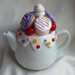 Sweet Macarons Teapot